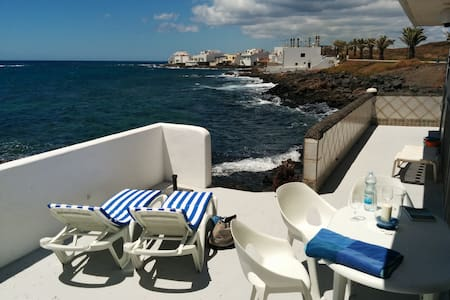 Villa in beachfront - Lanzarote