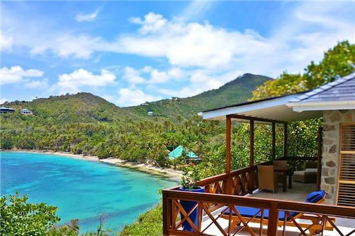 The Beach House - Crescent Beach - Bequia