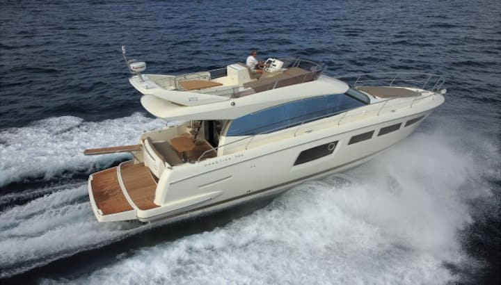 BOATSTERS PRESENTS THE PRESTIGE 500