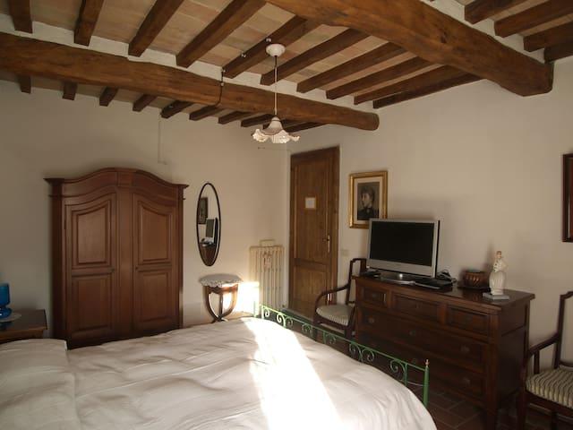 Il bello della vita in Umbria - Todi - ที่พักพร้อมอาหารเช้า