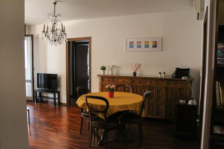 Casa Gobelin