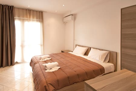 TWIN ROOM - Skiathos - Guesthouse