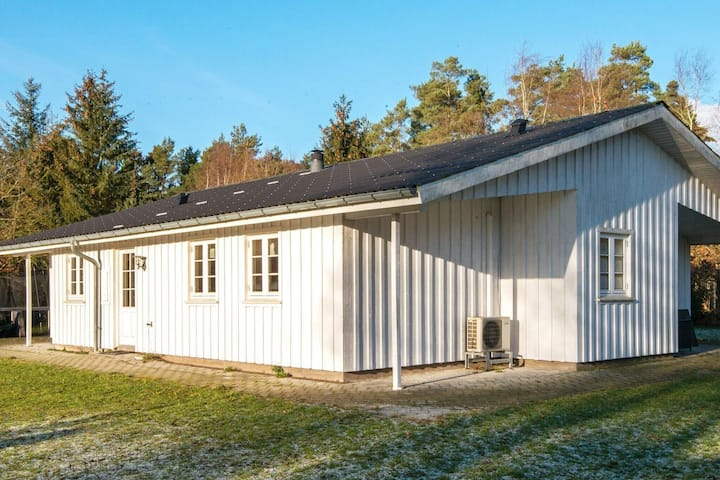 Quaint Holiday Home in Glesborg with Terrace