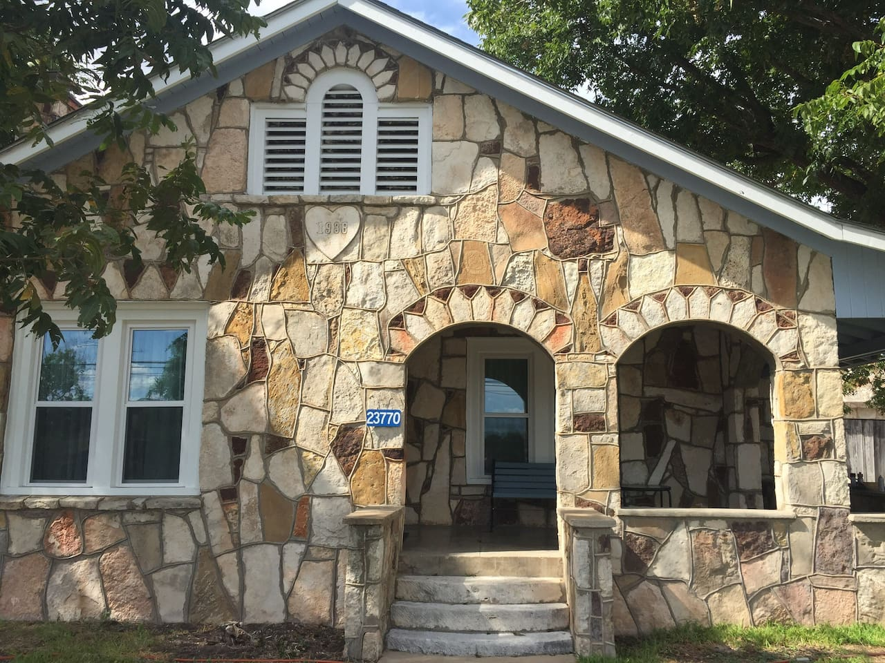 Front of Kaiser House