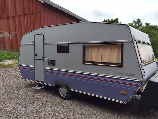 Husvagn / Caravan - Holm - Asuntoauto