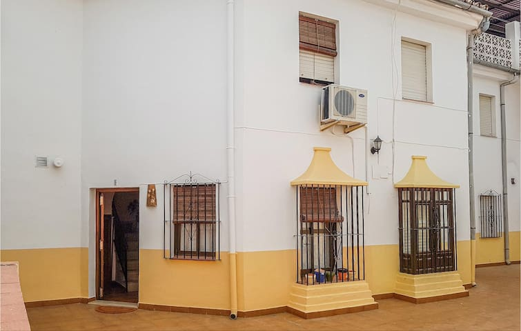 Terraced house with 2 bedrooms on 70m² in Ronda