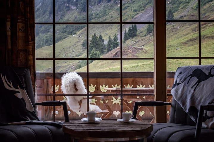 Hotel L'Etable, Les Crosets  Doppelzimmer mit Balkon
