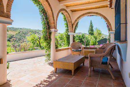 Casa de Flores, Archez, Nr Competa - Árchez - Villa