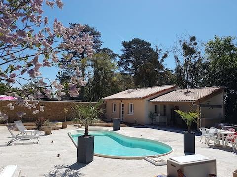 「寧靜天堂」空調小屋和暖氣泳池