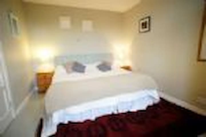 Crail - 2 Bedroom Cottage - Crail - Bungalov
