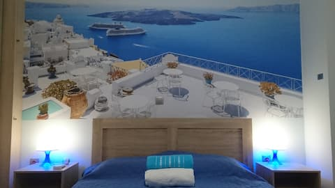 Cozy flat near Center and Piraeus Port, 2' Metro