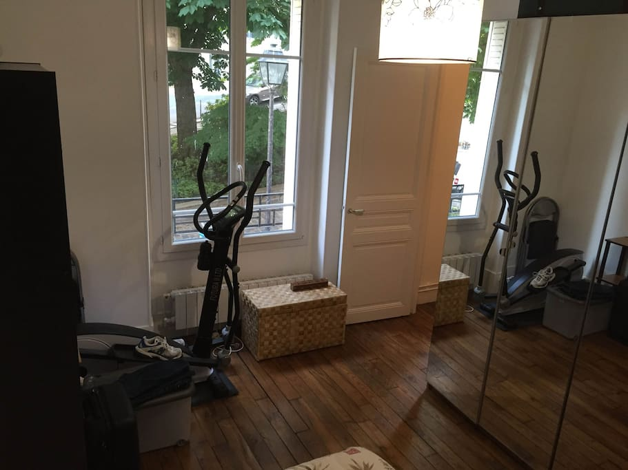 The room (yes you can do your cardio training!)
