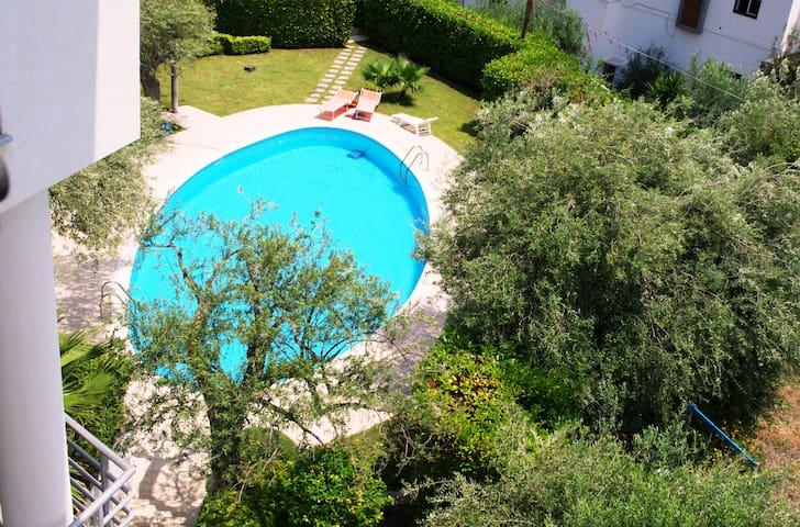 Vela Bianca Letoianni with swimming pool EtnaSea - Letojanni - Huis