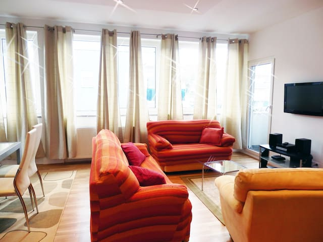 SUN - 4 bedroom penthouse, big terrace - Zagreb - Apartment