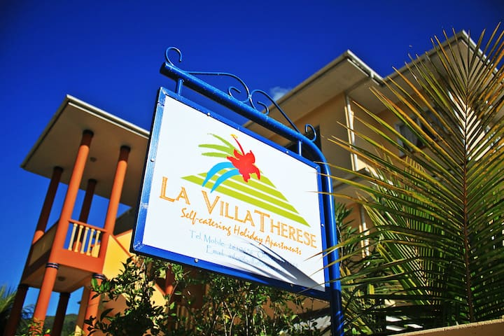 La Villa Therese Holiday Apartments - Anse Royale - Flat
