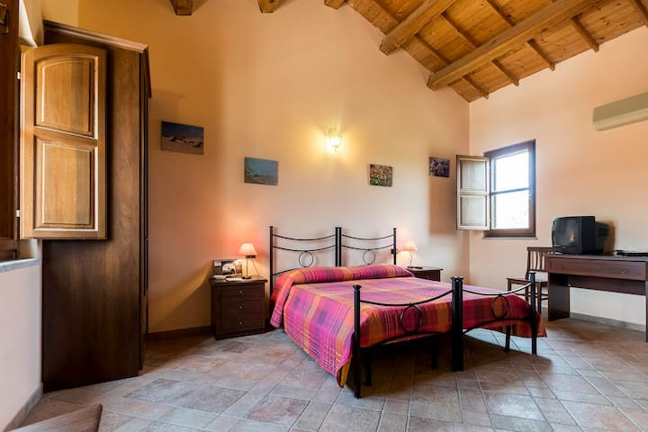 B&B Nuraximannu camera n.2 - Santadi - Bed & Breakfast
