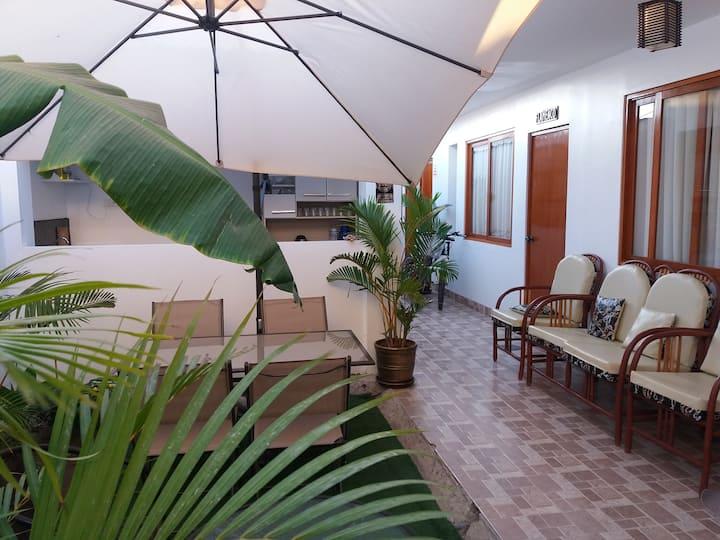 Habitaciones Privadas - Palmeras House - Paracas