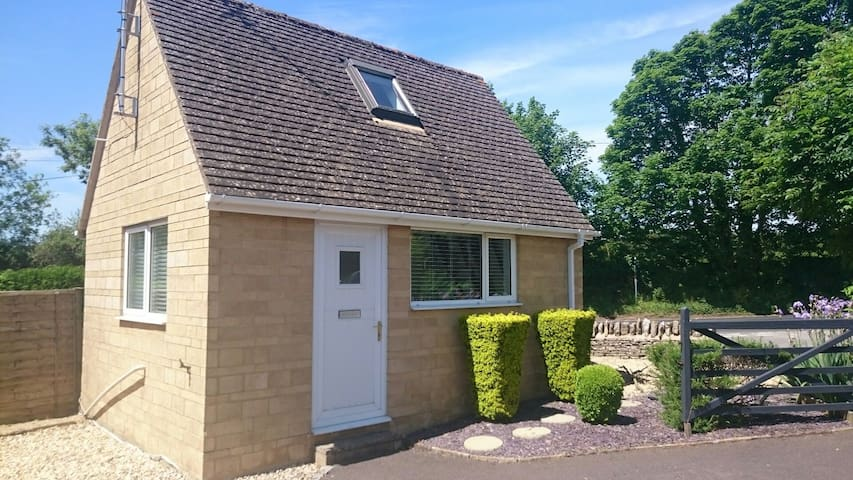 Cosy Detached Annexe - Bibury - Hytte