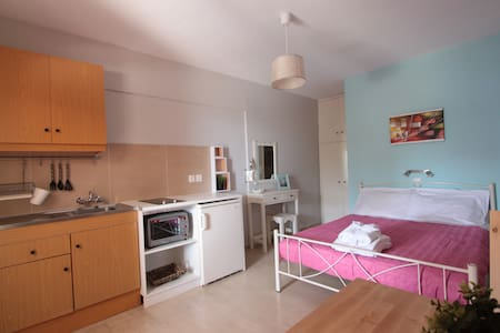Votsalo Kalami Apartments