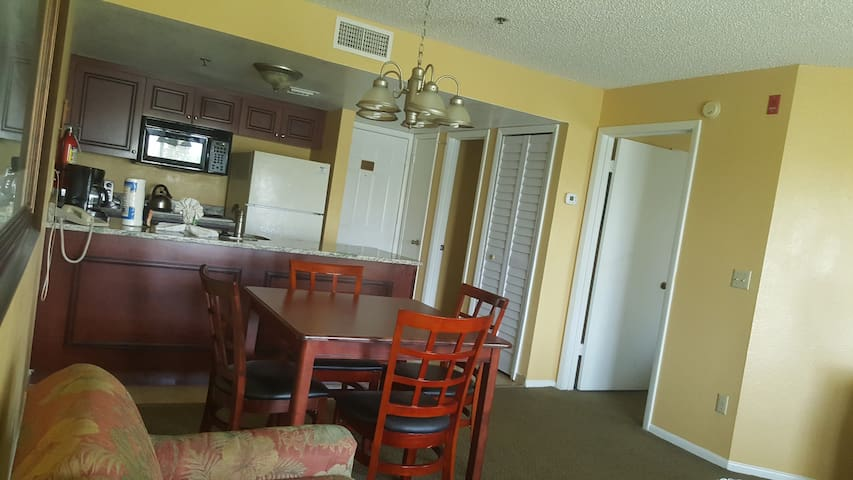 Condo on International Drive 1 Bedroom/1 Bath- OBD