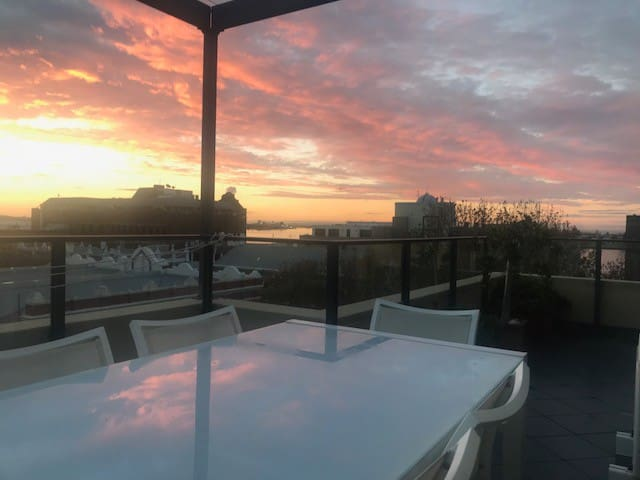 Sunset balcony looking across to Newcastle Harbour. Perfect viewing for sunset drinks and the fireworks & aerial acrobatic displays