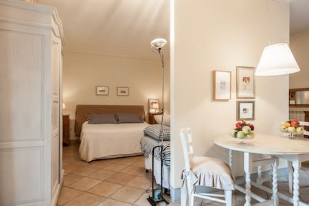 Room type: Entire home/apt Property type: Bed & Breakfast Accommodates: 4 Bedrooms: 0 Bathrooms: 1
