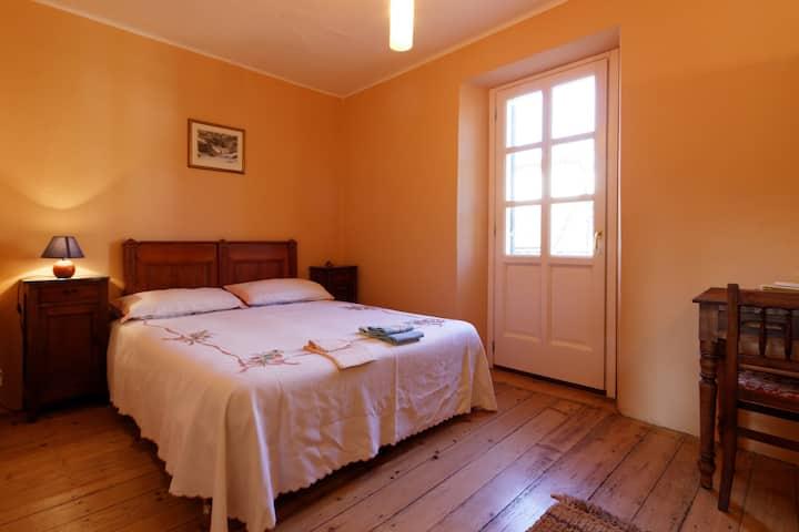 appartamento vista Bielmonte. arancio.