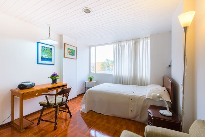 Great Apartment in a Great Location