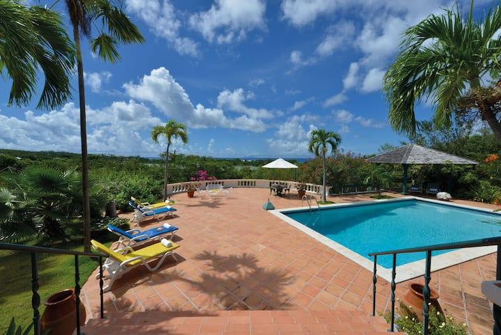 Villa Les Zephyrs - Comfortable Caribbean Home