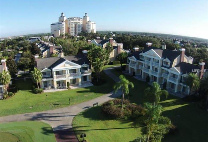 3 bed/3 bath Luxury Reunion Resort home by Disney