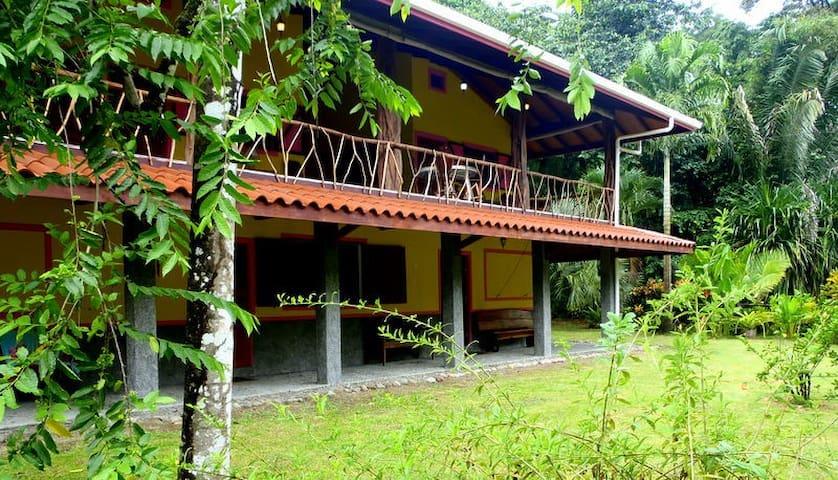Casa Colibrí - Rio Claro, Pavones - House