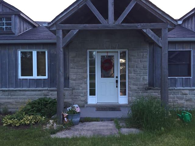 Luxury Lake House Retreat