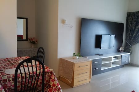Studio Suite 277A near MidValley - Condominium