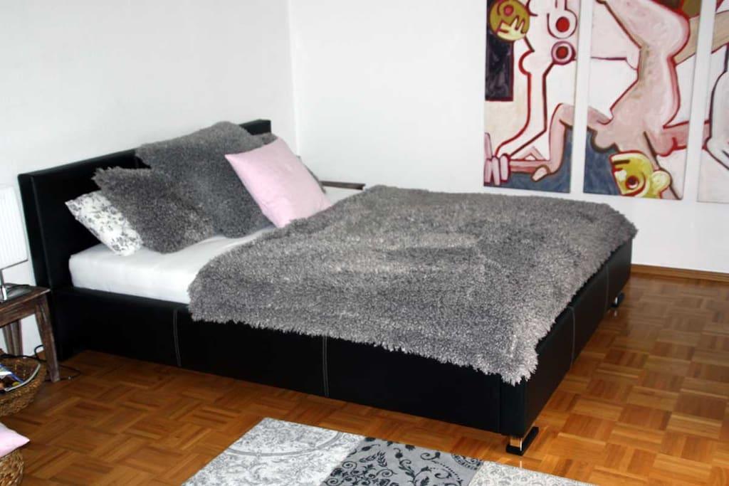 Doppelbett / doublebed 160 x 200 cm
