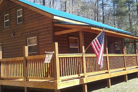 Moonshiner Cabin - Bryson City