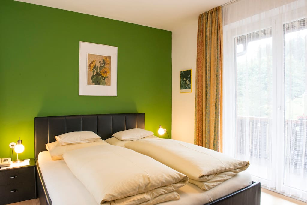 Bedroom with Double bed / Schlafzimmer mit Doppelbett