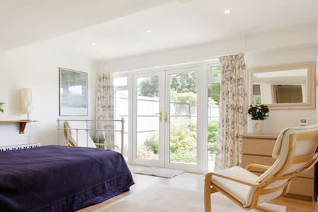 Pretty Garden Room/Studio - Marlow
