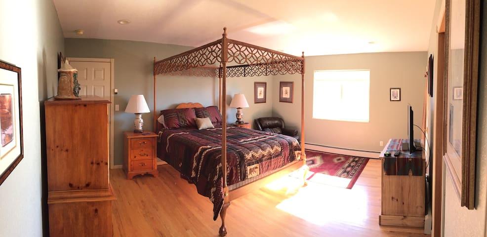 Comfortable Western Bedroom