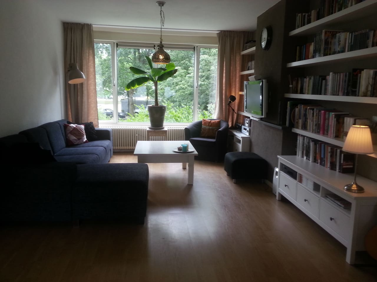 Living/dining room (3,75m x 9,10m)