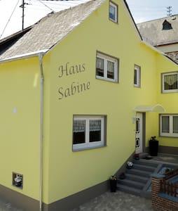 Ferienhaus Sabine - Lorch-Wollmerschied - Haus