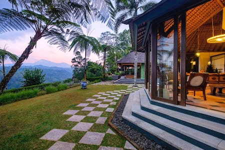 Expats living in Bali-Get a Taste of Island Living