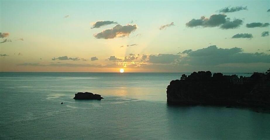 Suite Penelope a Taormina mare - Giardini Naxos - Bed & Breakfast