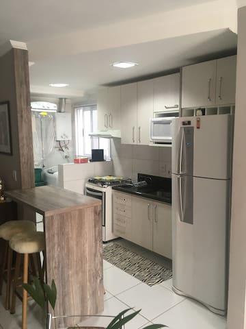 Apartamento completo em excelente localização