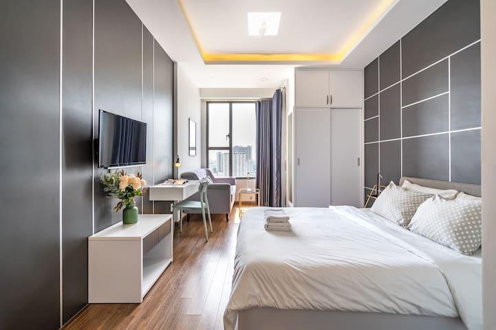 Rivergate-modern designed unique studio+ riverview