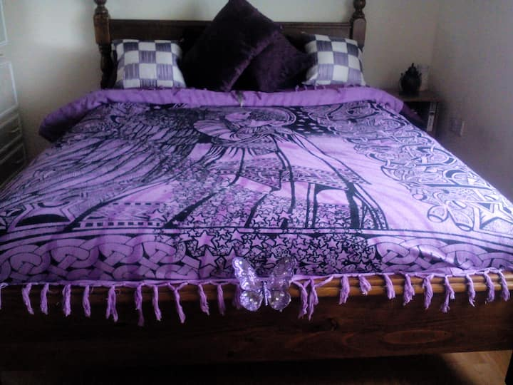 Near Cork Airport and Cork City. (Bedroom 2)