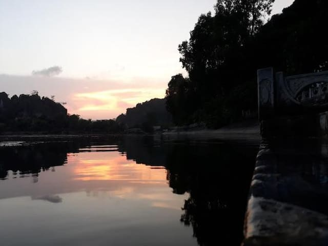 CENTER TAM COC HOMESTAY - Double Room With Balcony