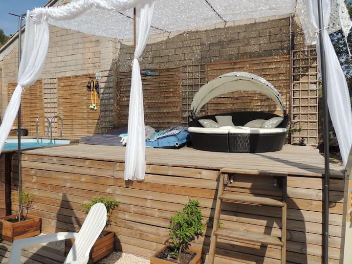 Meublé T3, climatisé, piscine chauffée et jacuzzi