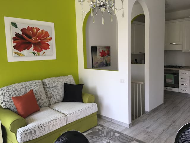 Exclusive apartment with garden and tavern (app.7)
