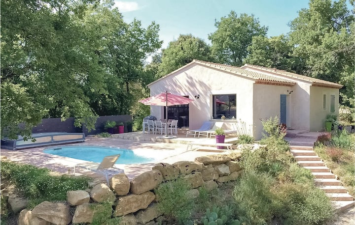 Nice home in St Romain en Viennois with WiFi and 3 Bedrooms