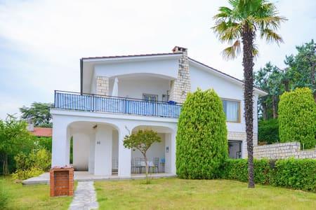 Villa boutique avec jardin à Villaggio Taunus